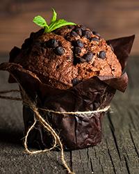Muffin de Banana com Chocolate e Café Utam Solúvel
